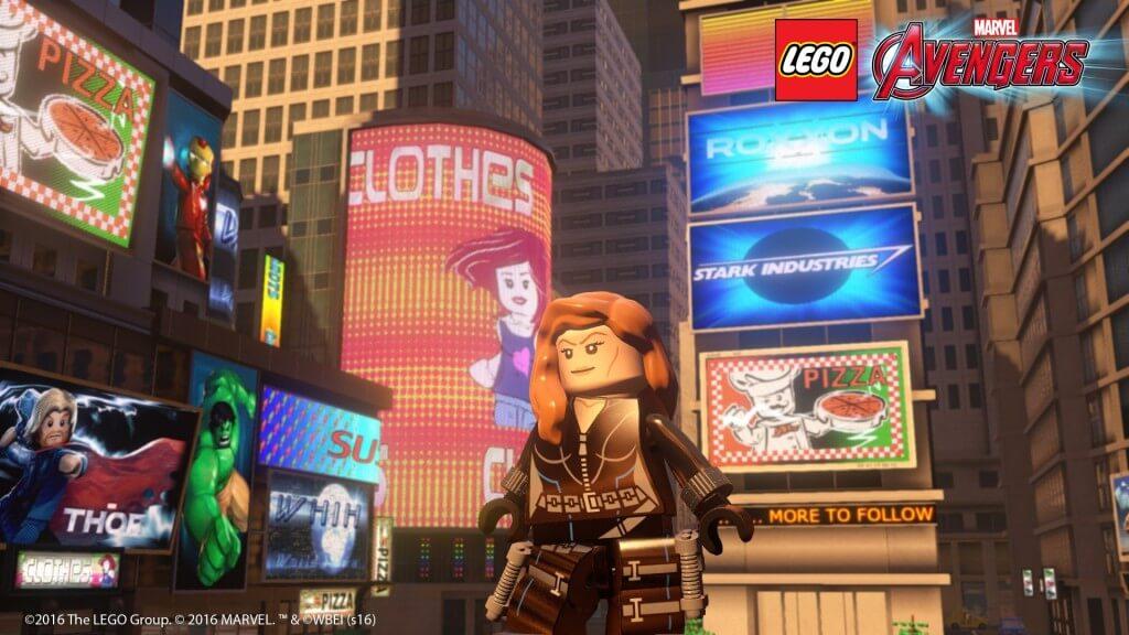 Девушка в Лего Мстители